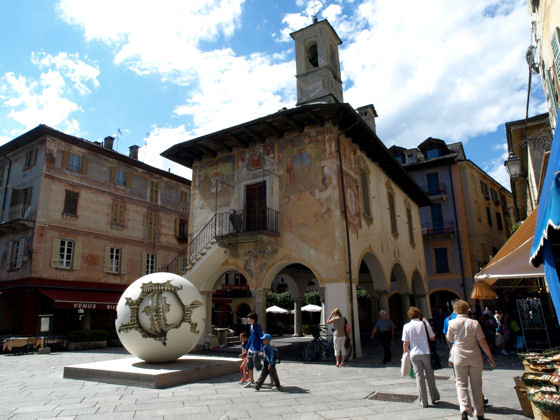 Pomodoro sculpture in the main square of Orta San Giulio - Summer 2008