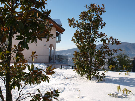 Winter picture of the villa (we are open all year round!) - taken December 2008