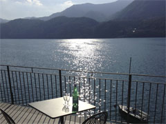 Villa Heureka: stunning contemporary lakeside apartment - sleeps 6